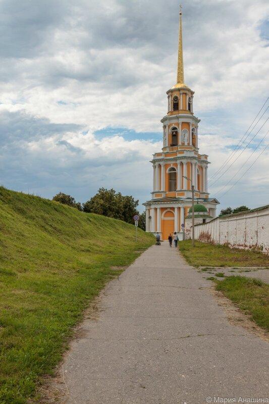 Соборная колокольня и Кремлевский вал, Рязанский кремль