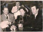 1950-е гг. Эдит Пиаф с Роланом Авели (Певцом без имени) и Шарлем Азнавуром
