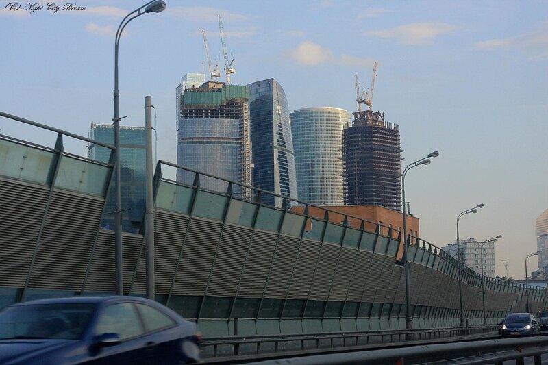 http://img-fotki.yandex.ru/get/4203/night-city-dream.21/0_28aef_6c94675a_XL.jpg