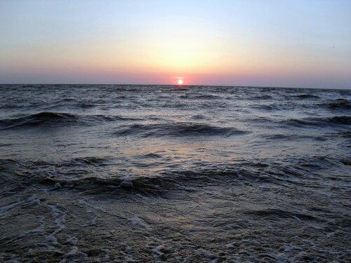 Закат и волны (2).jpg