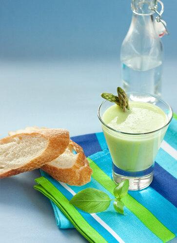 Cold asparagus soup