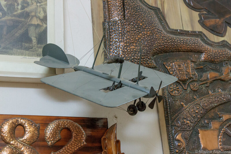 Макет самолета Можайского - первого самолета в мире