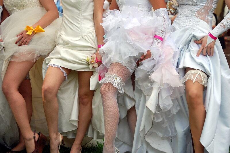 Сбежавшие невесты Cosmopolitan 2010