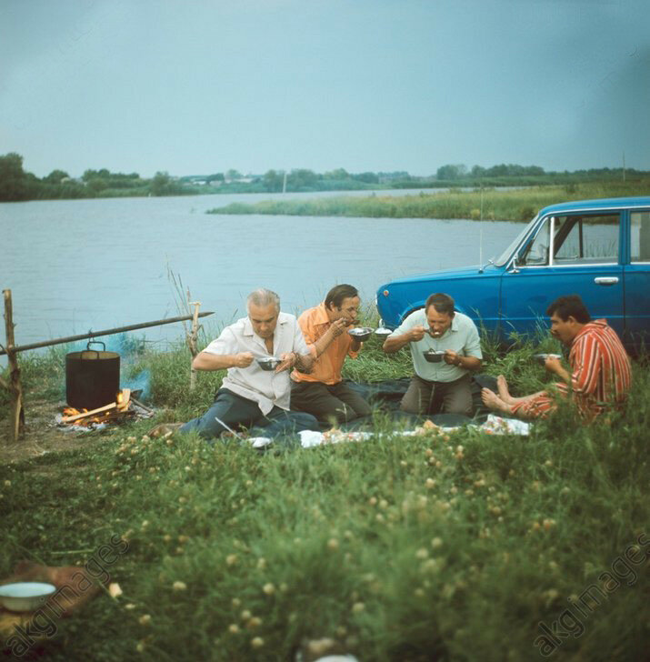 Пикник на берегу Дона, 1978