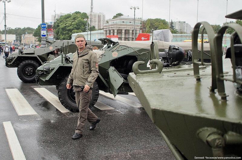 ВДНХ. День транспорта. броня. 08.07.17.05..jpg