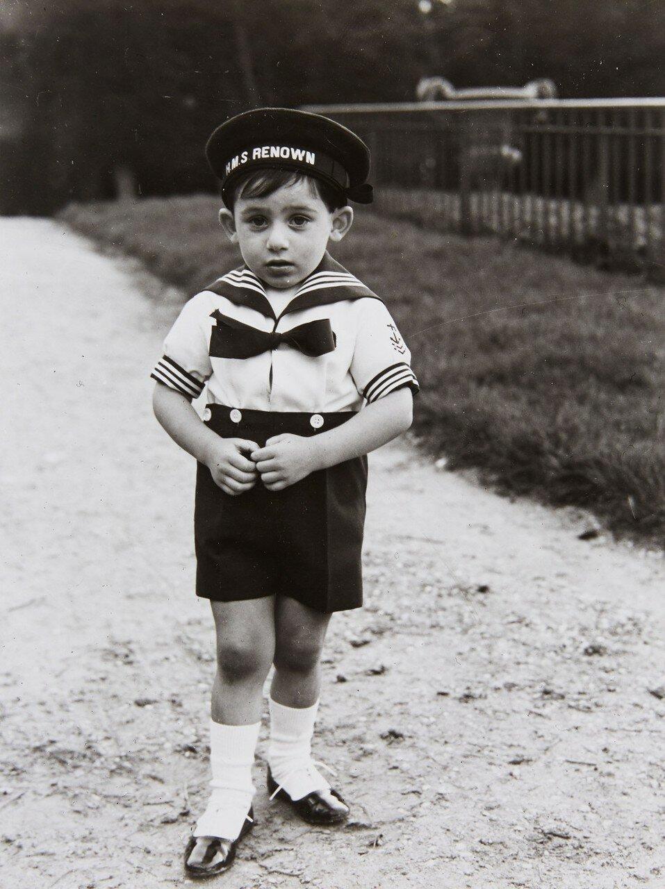 1963. Бернар, Франция