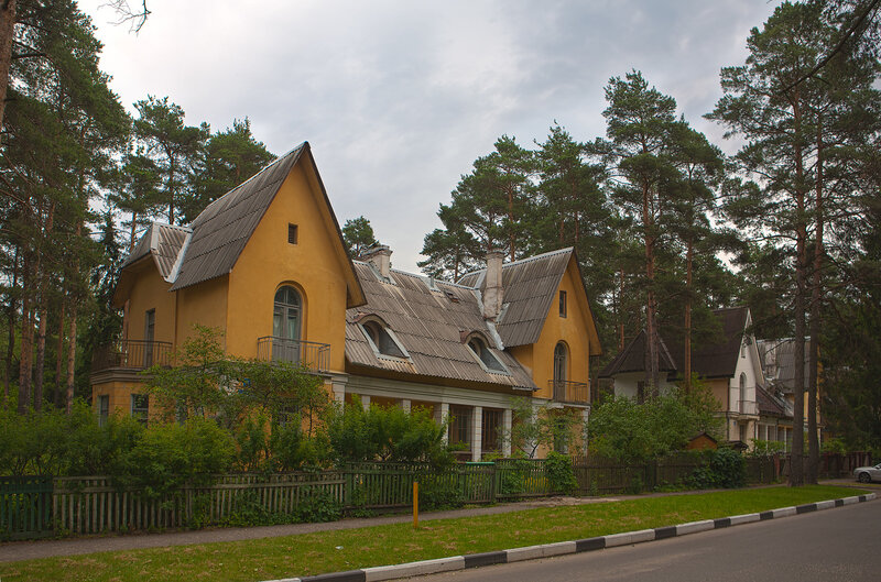 http://img-fotki.yandex.ru/get/4205/mrdtv2010.4/0_39aa2_34b26069_XL.jpg