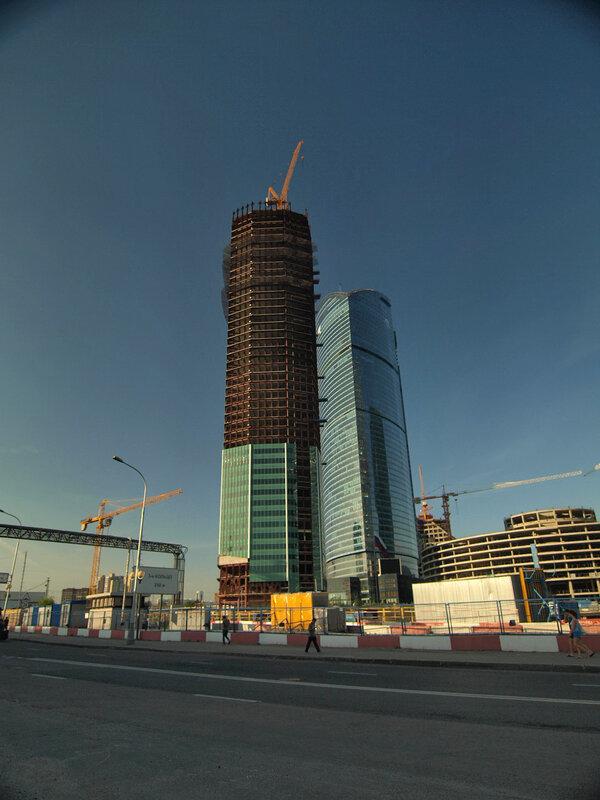 http://img-fotki.yandex.ru/get/4205/parktower99911.17/0_3426f_59089b7_XL.jpg