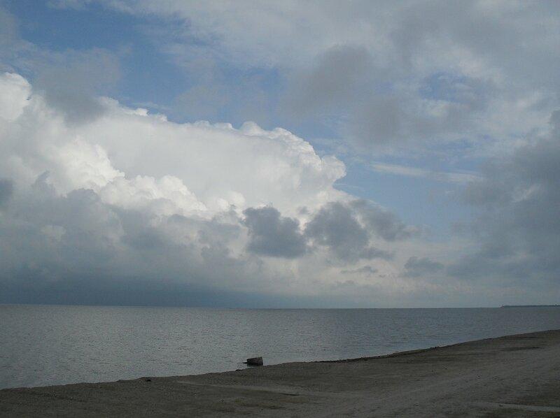 Май, у моря, в театре небесном ... SDC16781.JPG