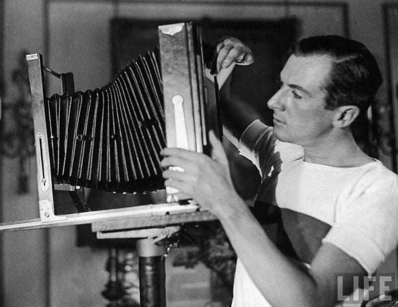 фотограф Cecil Beaton в его студии,1929