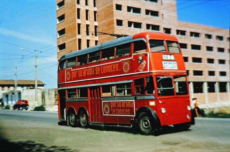 1950s Santander-Astillero trolley bus2.jpg