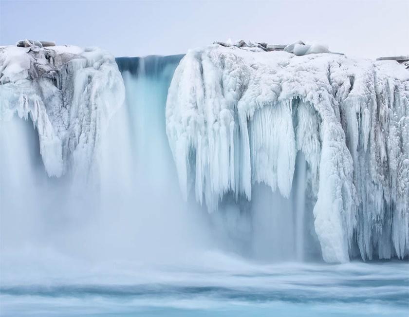 Удивительные замерзшие водопады по всему миру 0 141bb5 34b0cfb9 orig