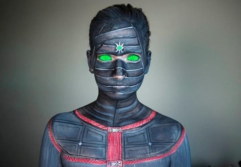 Девушка потрясающе меняет свое лицо с помощью макияжа 0 142256 c213f451 orig