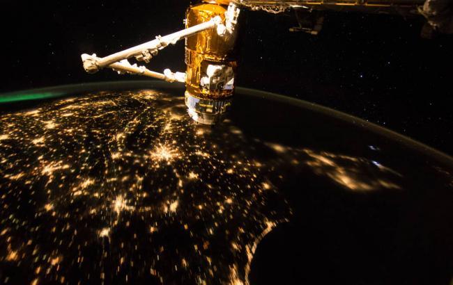 ВNASA опубликовали новые фото утренней Земли