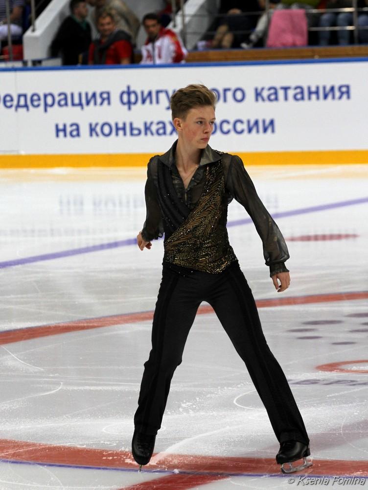 Александр Петров 0_c67a6_987c499f_orig