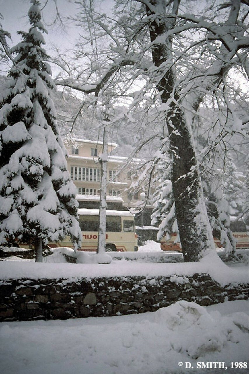 Пасанаури. Зимняя сцена