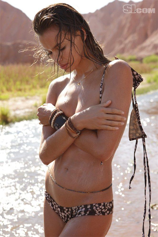 Irina Sheik (Irina Shayk, Ирина Шейк) in Sports Illustrated Swimsuit 2010