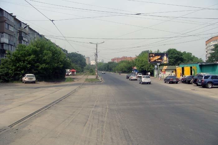 Владивосток, пустая улица Жигура