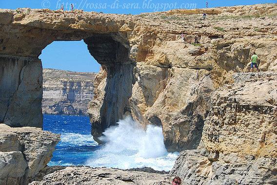 Rossa di sera malta amore a prima vista - Finestra sul mare malta ...