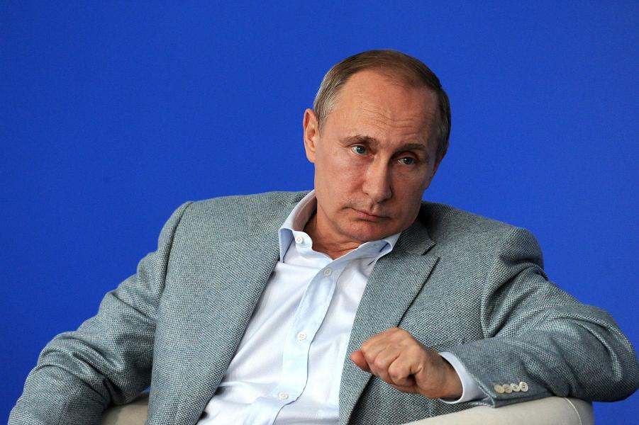 Путин на Клязьме.png