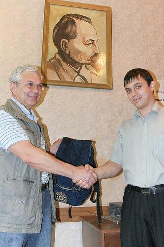 http://img-fotki.yandex.ru/get/4207/igorkomarov.2/0_319ec_650d9196_L.jpg