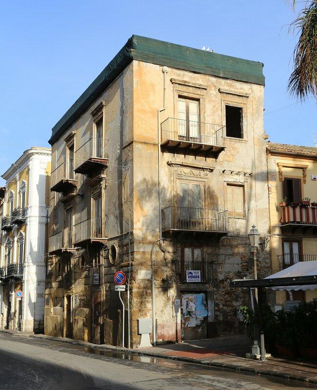 Джела. Проспект Виктора Эммануила (Corso Vittorio Emanuele)