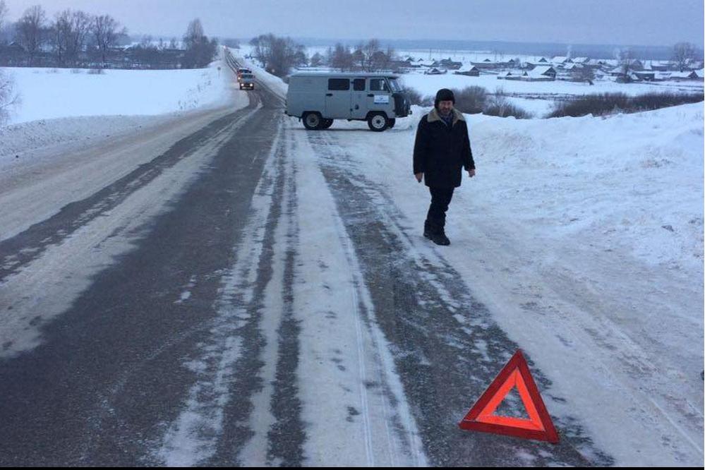 В Башкирии 19-летняя девушка подгибла под колесами 18-летнего водителя