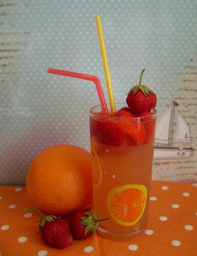 Оранжад с клубникой