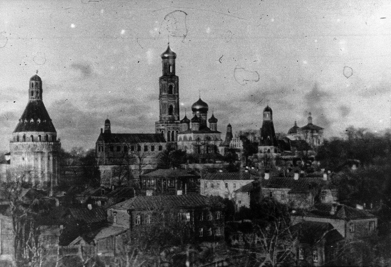 552745 Вид на Симонов монастырь Архив семьи Стриженовых 1900-1910-е.jpg