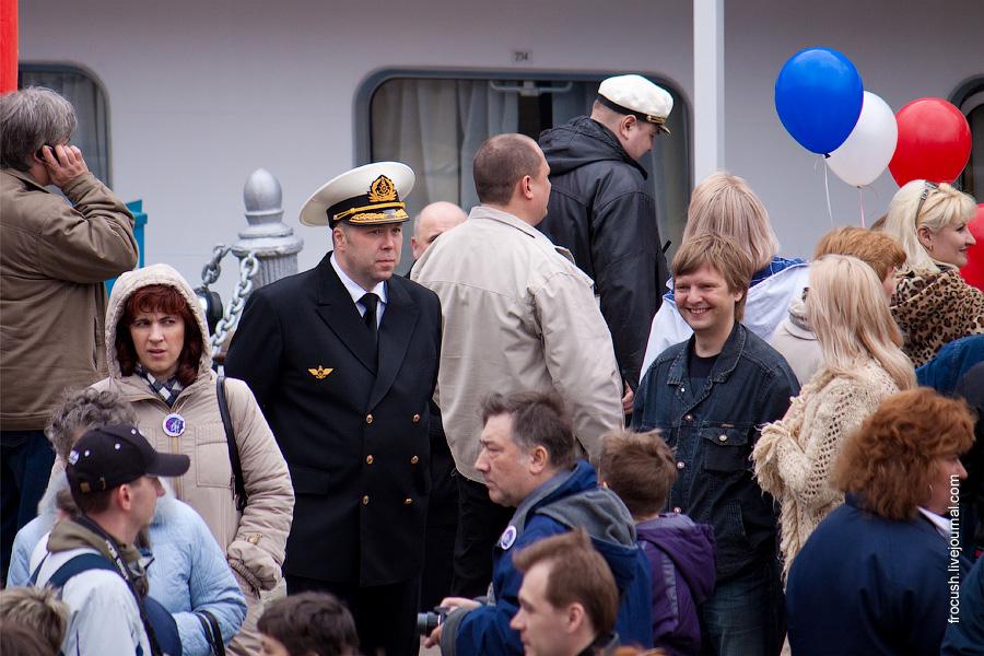 Владислав Викторович Хасиков и участники круиза Москва Майская Синий троллейбус