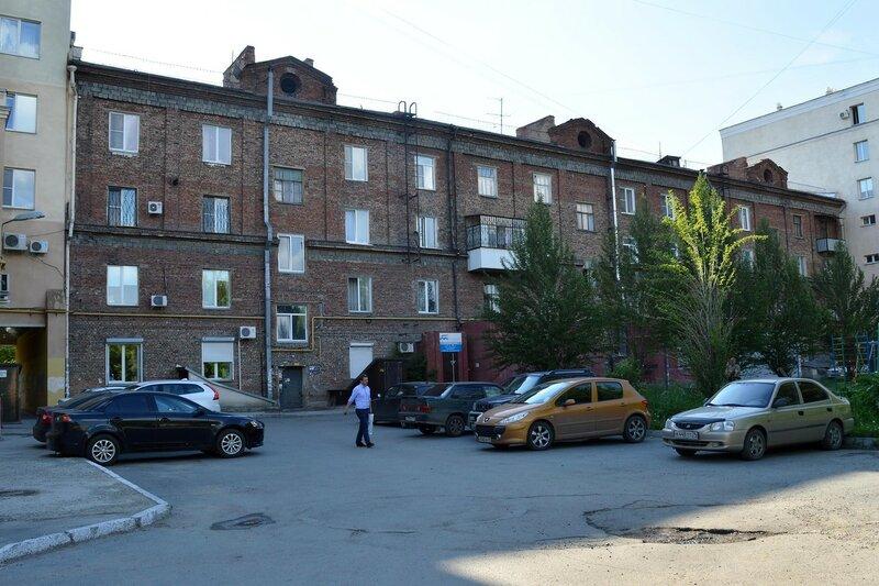 Ул. Кирова, 5. Вид со двора.