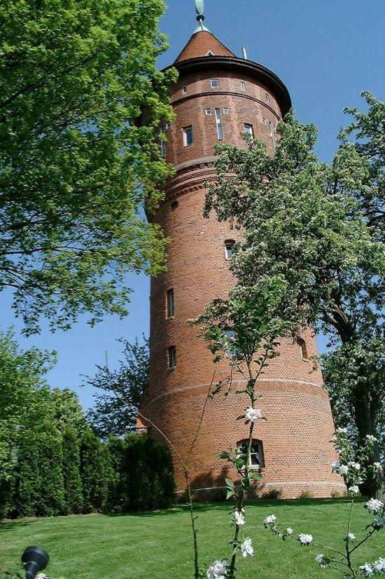 жилье из старой водонапорной башни