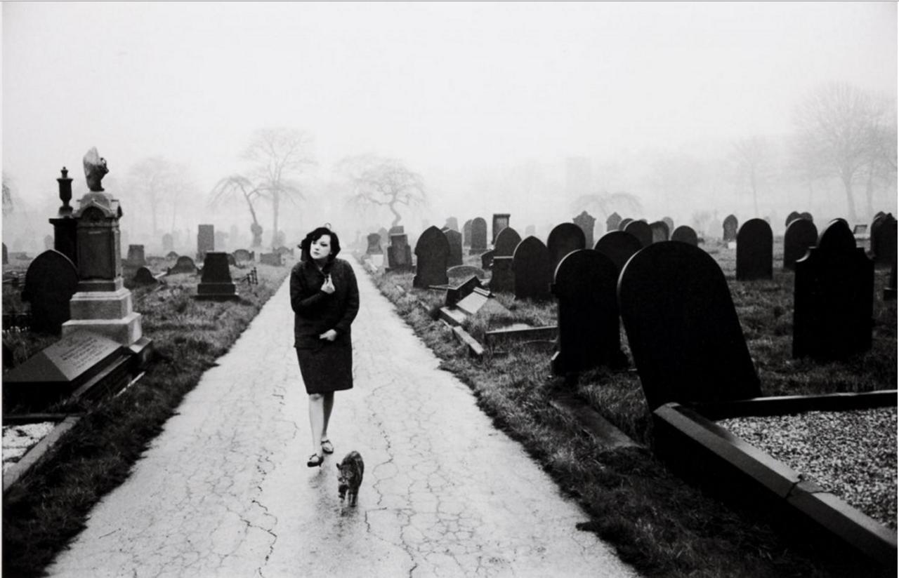 1963. Уэйкфилд. На кладбище