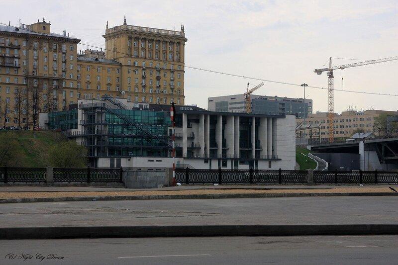 http://img-fotki.yandex.ru/get/4209/night-city-dream.e/0_252f9_e3a30896_XL.jpg