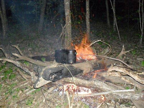 Апрельский вечер у горы Индюк ... SDC15840