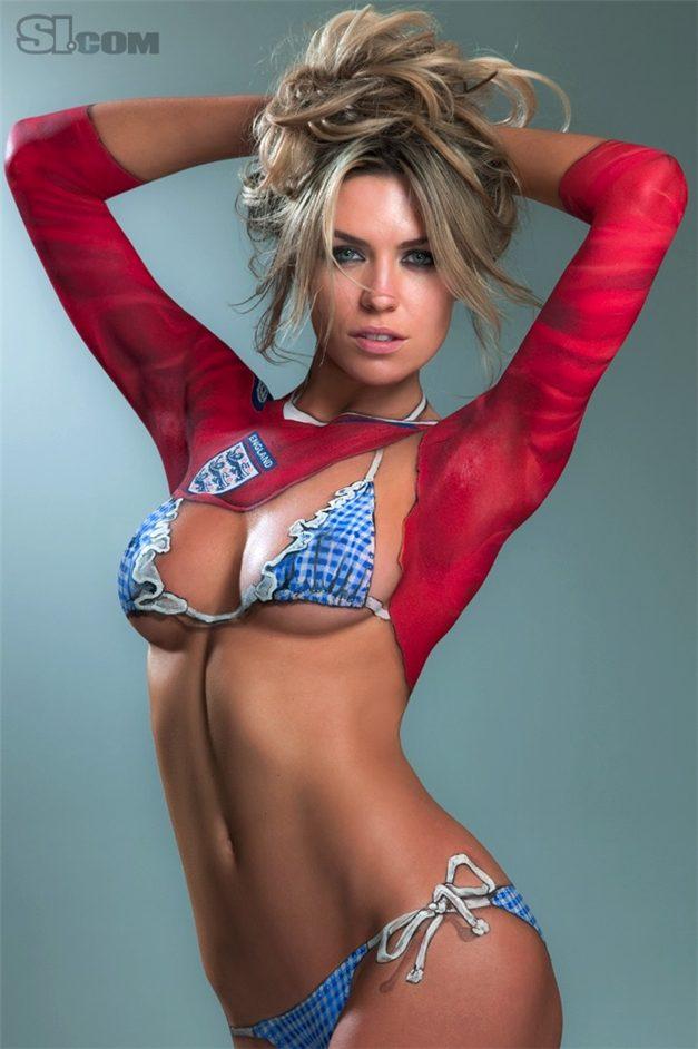 SI soccer girls bodypaint / боди-арт девушки футболистов / Abbey Clancy