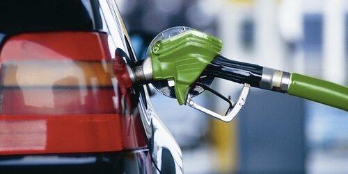 Стоимость бензина в Молдове снова пошла вниз
