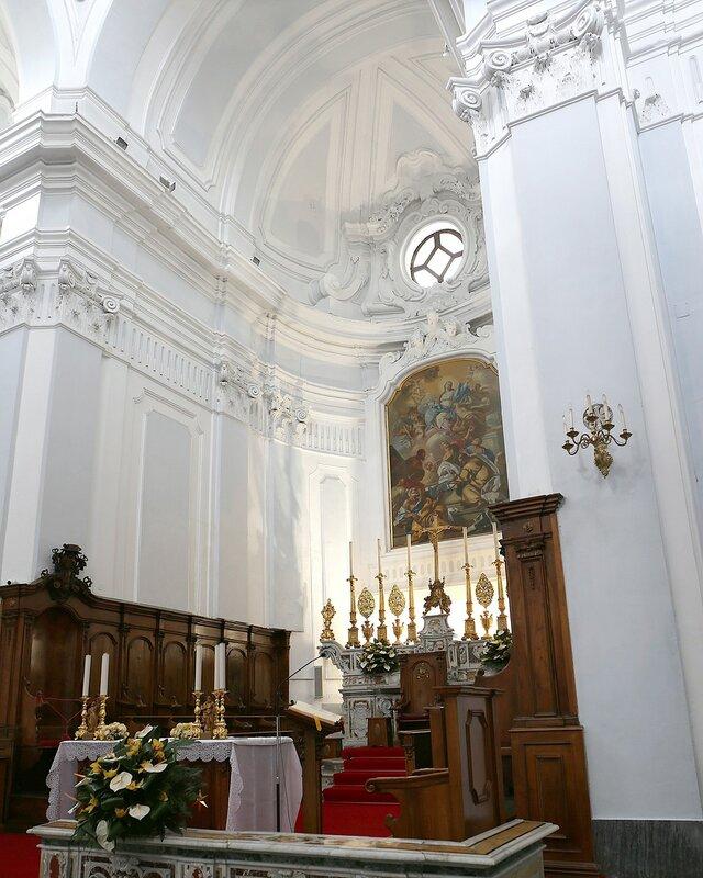 Искья-Понте. Кафедральный собор (Chiesa Cattedrale Santa Maria dell'Assunta)