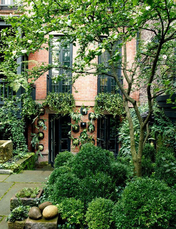 Julianne Moore NYC Garden