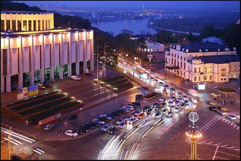 Фотограф Олег Жарий - Ночной Киев