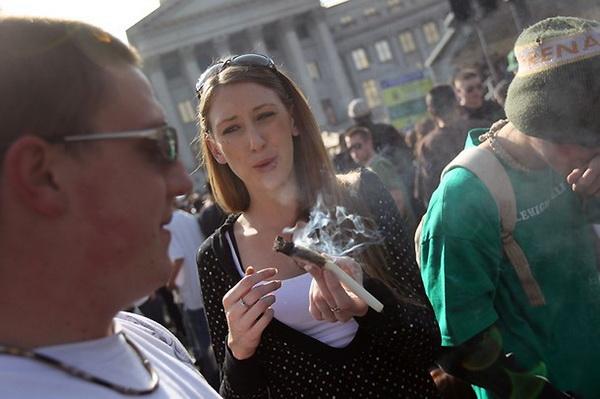 Митинги в поддержку легализации марихуаны