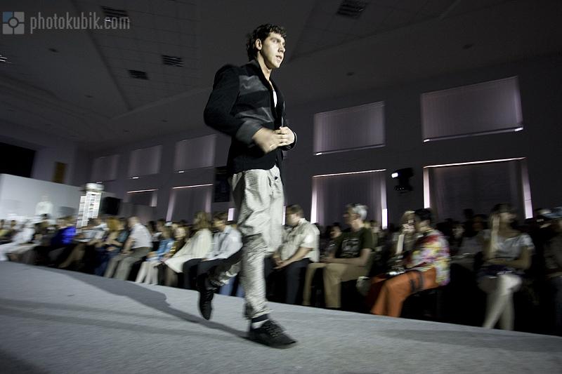 фоторепортаж репортаж модели мода дизайнеры fashion  Печерские каштаны 2010. Финал. Часть третья