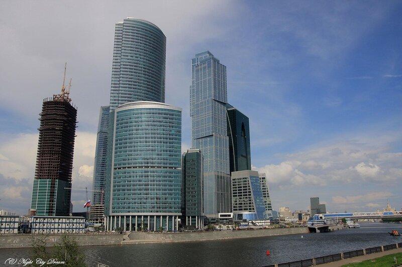 http://img-fotki.yandex.ru/get/4210/night-city-dream.15/0_27a2e_aa522964_XL.jpg