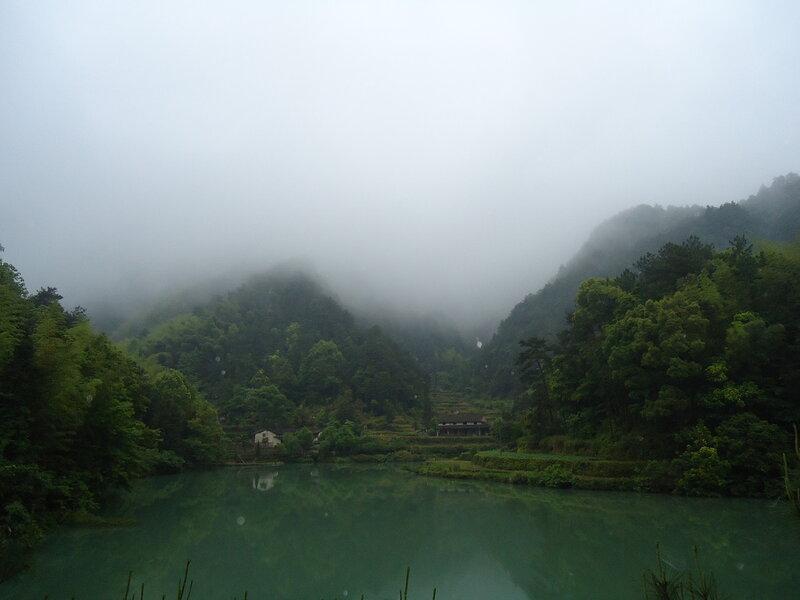 А это ещё выше самого высокого водопада :о)