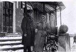 Дочь В.В. Литвинова Клавдия с мужем Н.В. Некрасовым. Рамонь. Дворец принцессы Е.М.Ольденбургской