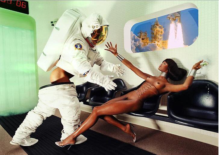 В космосе порно фото 75994 фотография