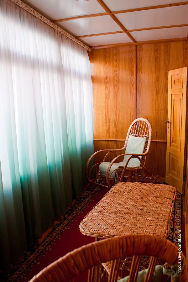 Балкон каюты люкс на ретро теплоходе «Максим Горький»