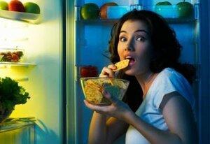 Ученые доказали: прием пищи в ночное время – вреден