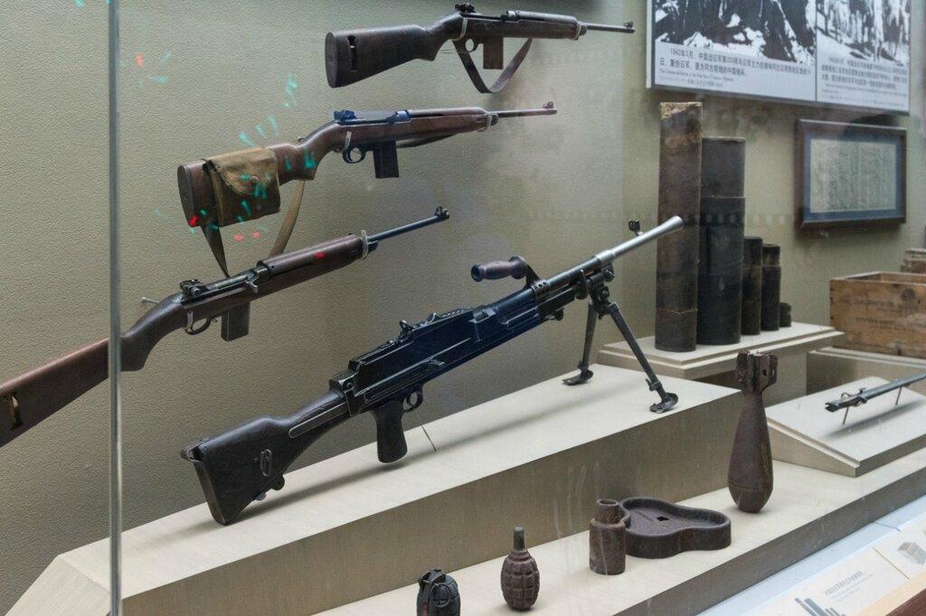 Пехотное стрелковое оружие
