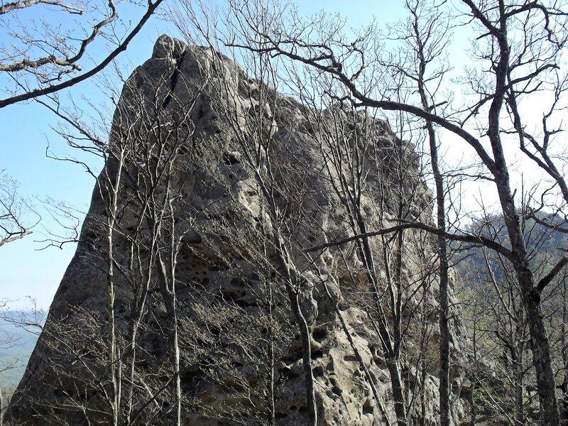 Апрель, на скалах ... SDC15890